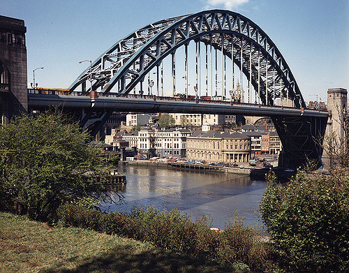 055220:Tyne Bridge.  City Engineers. c.1975