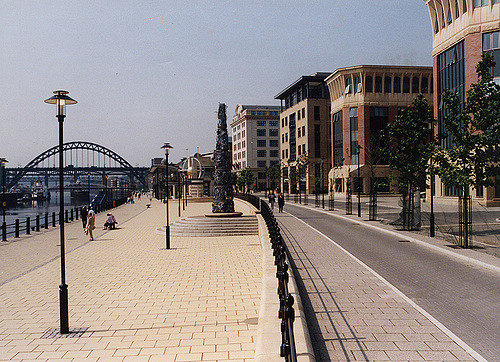 066221:Colour photograph of Quayside Newcastle upon Tyne Malcolm Maybury 1998